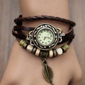 Часы-браслет с подвеской листа